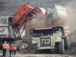 tambang-batubara-pt-kaltim-prima-coal-kpc-di-kalimantan_20170517_203409.jpg