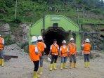 tambang-emas-gunung-pongkor_20150913_174121.jpg
