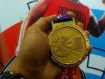 tampilan-medali-yang-diperebutkan-pada-asian-para-games-2018-diperkenalkan-kepada-media_20181006_174605.jpg