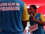 teatrikal-penghuni-lapas-ii-a-pekanbaru_20150819_003159.jpg