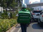 tembus-kemacetan-pengiriman-grabfood-gunakan-grabwheels_20191024_204406.jpg