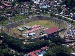 tenda-korban-gempa-masih-padati-stadion-manakarra-mamuju_20210127_102725.jpg