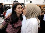 Atiqah Hasiholan Kritik soal New Normal, Putri Ratna Sarumpaet Ini Mengaku 'Ogah Normal Kayak Gini'