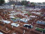 terlihat-lahan-pemakaman-covid-19-macanda-sulsel-penuh-drone_20210903_195459.jpg