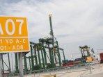 terminal-petikemas-kalibaru-resmi-beroperasi_20160916_130236.jpg