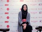 terry-putri-hadiri-indonesia-culture-fasion_20161118_120326.jpg