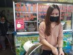 Viral Penjual Sate Legendaris di Lembang Berparas Cantik, Usaha Turun Temurun dari Kakek