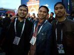 tiga-pilot-muda-indonesia-nonton-piala-dunia-2018-rusia-1_20180712_083048.jpg