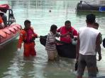 tim-gabungan-diterjunkan-cari-korban-kapal-bermuatan-tki-asal-malaysia_20161103_154049.jpg