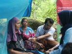 tim-mobil-klinik-indosat-ooredo-tsunami.jpg
