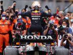 tim-red-bull-racing-honda-merayakan-kemenangan-max-verstappen.jpg