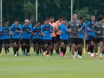 timnas-indonesia-u-23-jalani-training-camp-untuk-sea-games-2021_20210210_201507.jpg