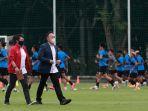 timnas-indonesia-u-23-jalani-training-camp-untuk-sea-games-2021_20210210_201623.jpg