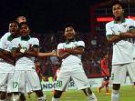 timnas-u-16-kamboja-vs-timnas-u-16-indonesia-amiruddin-bagus-kahfi-3_20180806_212620.jpg