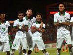 timnas-u-16-kamboja-vs-timnas-u-16-indonesia-amiruddin-bagus-kahfi-5_20180806_212723.jpg