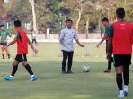 timnas-u-23-indonesia-gelar-latihan-jelang-laga-kontra-iran_20191116_025341.jpg