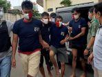Sebelum Beraksi Tipu Korbannya, Komplotan TNI Gadungan Beli Seragam di Toko Online