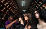 toko-bazz-jaya-menjual-rambut-palsu-atau-wig_20150112_111343.jpg