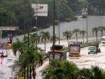 tol-jorr-tb-simatupang-banjir_20210220_232058.jpg