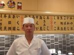 toshimitsu-uzawa-kepala-restoran-sishiko-di-tsukiji-tokyo_20150526_125305.jpg