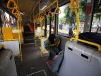Fasilitas Bus Gratis tak Menjamin Bisa Menghilangkan Antrean Pengguna KRL