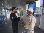 transjakarta-wajibkan-bawa-strp-kepada-calon-penumpang_20210714_155132.jpg