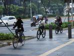 tren-bersepeda-di-tengah-pandemi-covid-19_20200627_205955.jpg