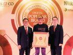 truemoney-indonesia-raih-brand-champions-2019_20190119_174936.jpg