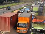 Populasi Truk dan Bus Terus Bertambah, Pasar Ban Kendaraan Niaga di Indonesia Menggiurkan