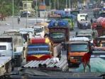 truk-angkutan-barang_20160904_193047.jpg