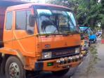 truk-tambang-ditahan_20151018_175827.jpg