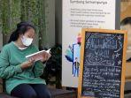 tumbuhkan-minat-baca-di-ruang-publik_20210426_200432.jpg