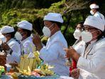 umat-hindu-adakan-upacara-nyepi-melasti-di-pantai-marina-semaran_20210311_151327.jpg