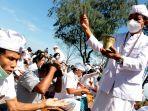 umat-hindu-adakan-upacara-nyepi-melasti-di-pantai-marina-semaran_20210311_152842.jpg