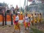 umat-hindu-melaksanakan-melasti-jelang-nyepi_20200309_183502.jpg