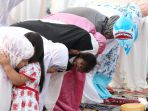 umat-muslim-laksanakan-salat-idul-adha-1438-h_20170902_181746.jpg