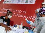 unilever-gelar-vaksinasi-covid-19-bagi-pemulung_20210906_001250.jpg