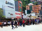 unjuk-rasa-masyarakat-papua-di-jayapura_20190819_212005.jpg