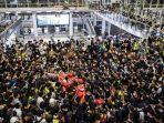 unjuk-rasa-terjadi-di-bandara-hong-kong.jpg