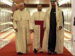 untuk-pertama-kalinya-paus-fransiskus-lakukan-kunjungan-bersejarah-ke-uni-emirat-arab.jpg