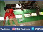 untung-saat-atap-sdn-baleasri-1-kecamatan-ngariboyo-kabupaten-magetan-jebol_20161124_210622.jpg