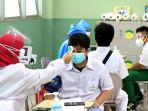 vaksinasi-covid-19-bagi-pelajar-di-tangerang-selatan_20210719_230355.jpg