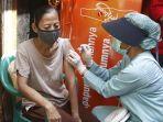 vaksinasi-covid-19-door-to-door-di-jakarta-utara_20210816_195014.jpg