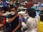 Masyarakat Diminta Tidak Ragu Mengikuti Program Vaksinasi Covid-19 Saat Bulan Ramadan