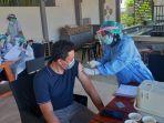 Bangkitkan Lagi Kunjungan Turis, Puluhan Pelaku Wisata di Lombok Jalani Vaksinasi