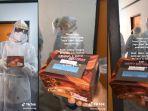 Cerita Haru Pasien Corona Ultah di Tempat Karantina, Dapat Kejutan dan Hadiah dari Para Perawat