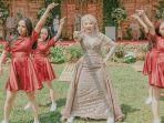 viral-pengantin-wanita-cover-dance-di-pernikahannya.jpg
