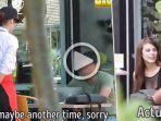 waitres-culun-vs-model_20170503_134227.jpg