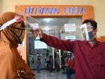 wajib-face-shield-di-layanan-kecamatan-tambaksari-surabaya_20200623_232936.jpg