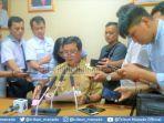 wakil-gubernur-sulawesi-utara-saat-konferensi-pers.jpg